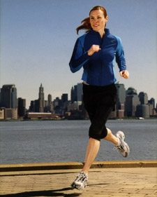 http://images.marthastewart.com/images/content/pub/blueprint/2006/bp_fall06_backyard_jogging_l.jpg