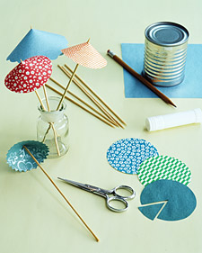 Festive Drink Umbrellas: Umbrella How-To