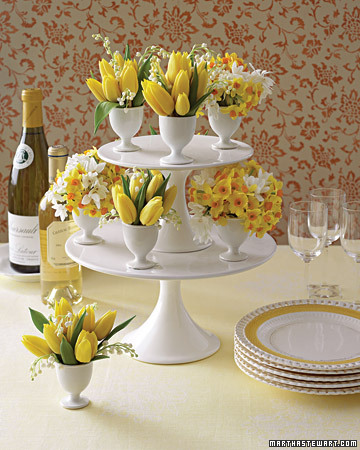 Decorating for Easter and more holiday recipes, crafts projects, decorating tips, gift ideas, and simple solutions on marthastewart.com :  spring table setting
