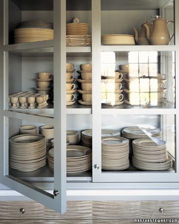 Martha Stewart's Cantitoe Corners Kitchen (www.marthastewart.com)
