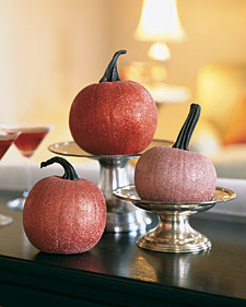DIY Monday: Pumpkin Decor via TheELD.com