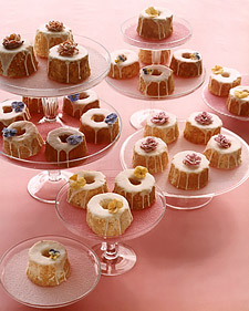 Old-Time Favorites: Mini Angel Food Cakes