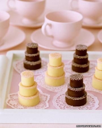 تزئینات کیک های جشن تولد و عروسی..تزیینات و دکوراسیون