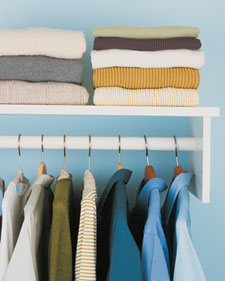 Hanging vs. Folding Clothing